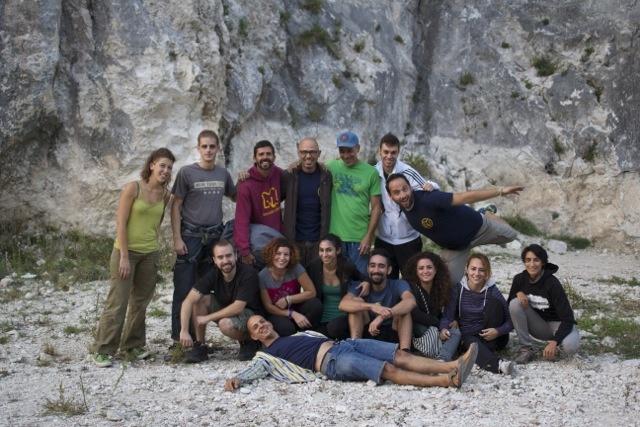 Free climbing a Roma outdoor